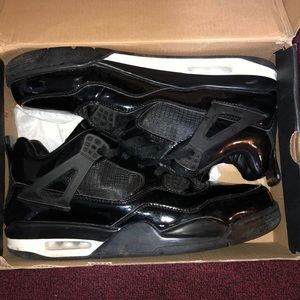 new styles fc8c6 1c1af AIR JORDAN RETRO 4s. Gucci Nike